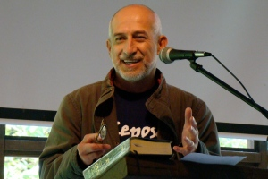 Escritor invitado José Antonio Siles